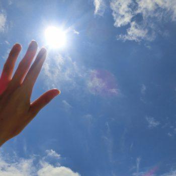 老化肌の80%が光老化⁈知らないと損する紫外線の話(その1)