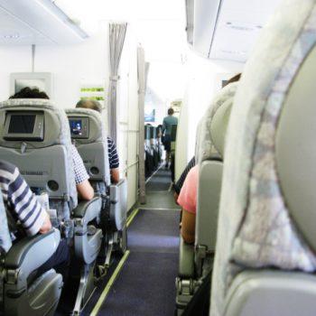 旅行中の乾燥対策~飛行機に長時間乗る際のヘアケア