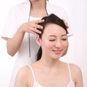 頭皮のコリを解消するとリフトアップ&アンチエイジングの効果が期待できる!