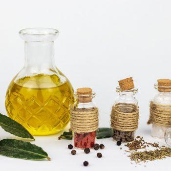 肌荒れ改善に!美肌を作るオメガ3系脂肪酸を含むオイル5選