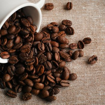 最近話題の「コーヒーシャンプー」本当に薄毛予防になるの?