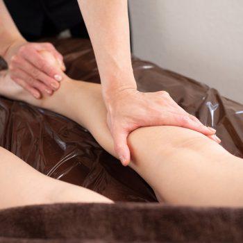 出産経験者の2人に1人は下肢静脈瘤を発症している?予防と改善法